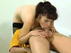 russian-amateur-mature-mom-spied-and-fucked-in-bathroom