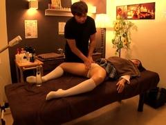 amateur-asian-undressing-for-her-massage