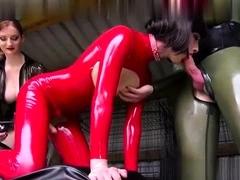 femdom-fetish-strap-porno
