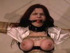 Lewd cutie while using her vibrator and fingers