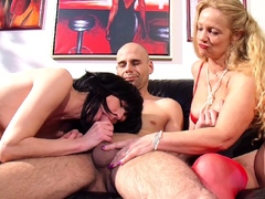 german-mature-teach-older-couple-to-fuck-big-cock-in-3some