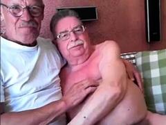 grandpa-couple-on-cam
