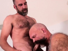 bearfilms-mature-bears-atzone-bear-and-doctor-nick-anal-fuck