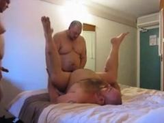 tres-gordos-follando
